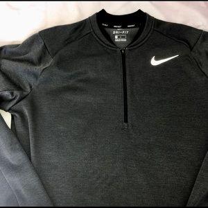 Nike Sweaters - Nike Dri Fit golf pullover.
